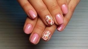 Розовый маникюр, маникюр на короткие ногти со слайдерным дизайном