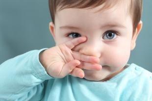 Зеленые сопли у ребенка: как лечить?