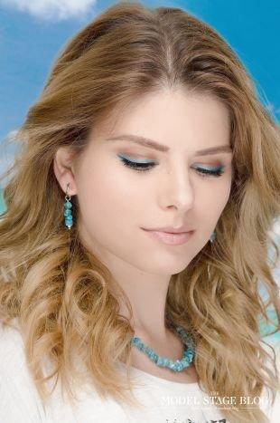 Легкий макияж в школу для карих глаз, летний голубой макияж
