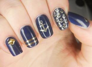 Дизайн ногтей с фольгой, темно-синий дизайн ногтей в морской стилистике