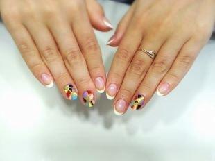 Разный маникюр на ногтях, красивая идея маникюра с покрытием шеллаком