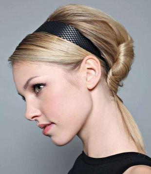 Прическа ракушка на средние волосы, прическа на 1 сентября в ретро-стиле