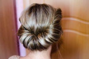 Мелирование на темные волосы, греческая прическа на длинные волосы
