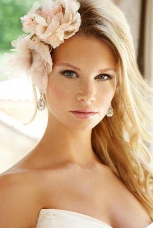 Макияж для узких глаз, свадебный макияж для блондинок с зелеными глазами