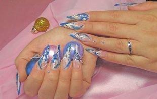 Маникюр под синее платье, дизайн акриловых ногтей в форме стилет