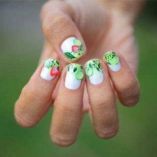 """Оригинальные рисунки на ногтях, летний маникюр с фруктовой """"нарезкой"""" фимо"""