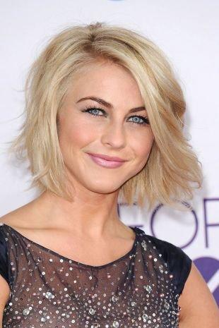 Цвет волос перламутровый блондин, стрижка боб для тонких волос