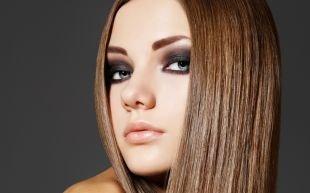 Яркий макияж для шатенок, броский макияж для серых глаз - брюнетки и шатенки