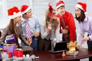 Что подарить коллегам на Новый год?