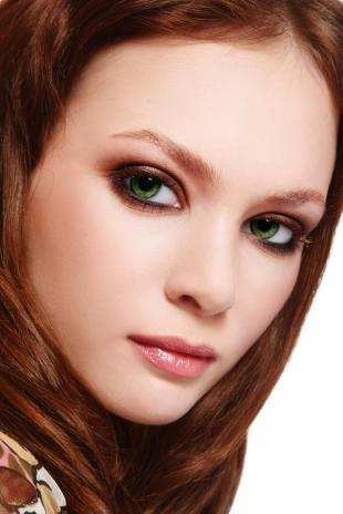 Вечерний макияж для зеленых глаз, макияж для зеленых глаз с коричневыми тенями