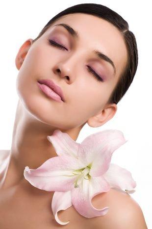 Летний макияж для зеленых глаз, весенний макияж для темных волос