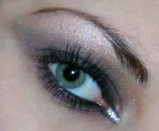 Макияж для шатенок с зелеными глазами, прозрачный макияж смоки айс